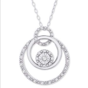 Diamond triple circle ⭕️ pendant necklace